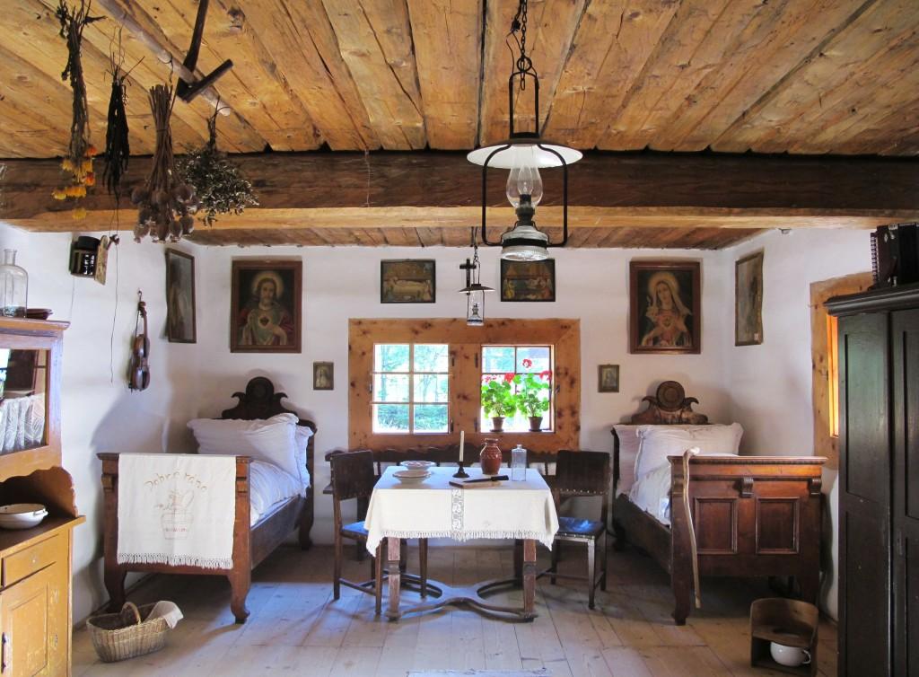 Muzeum_oravskej_dediny,_Zuberec-Brestova_(16)